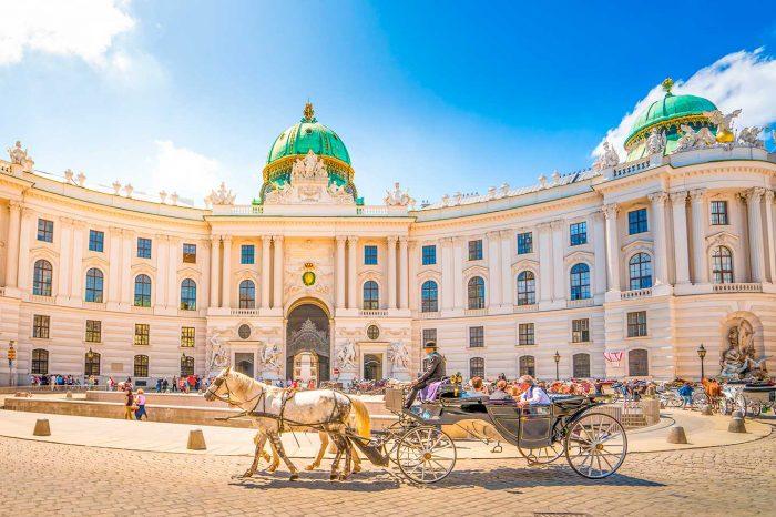 Fin de Semana en Viena desde 10€ Vuelo y Hotel 4* desde 26€ pp.