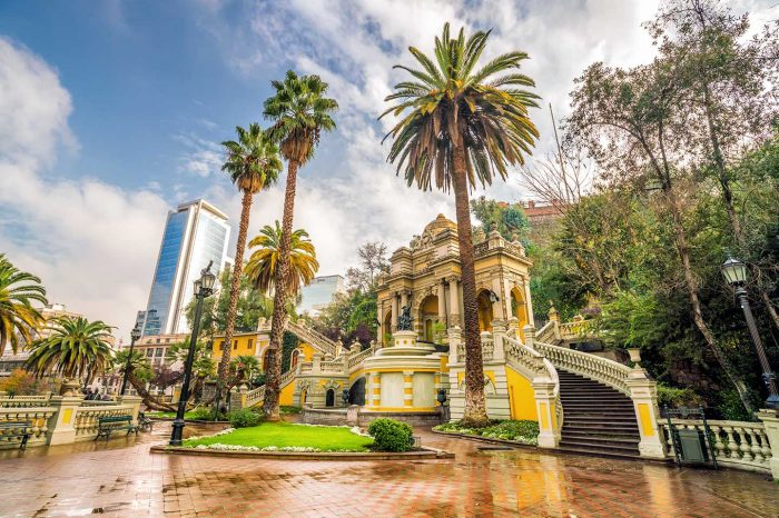 ¡WOW! Vuela en Septiembre a Chile desde 283€