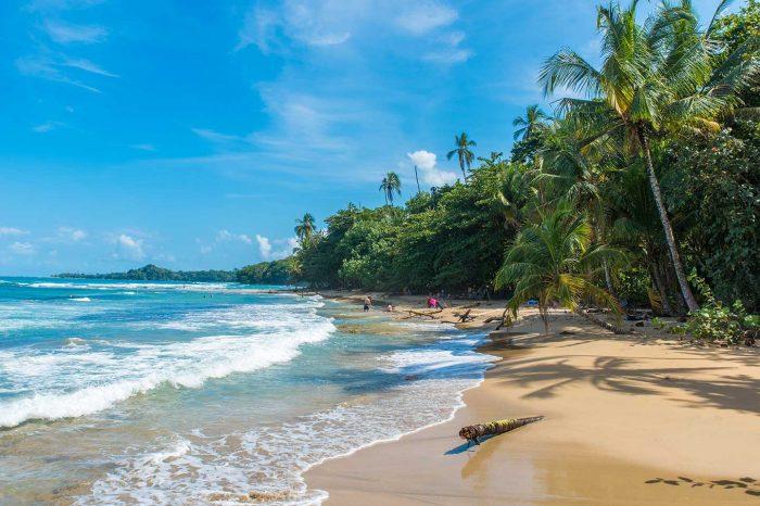 ¡Vacaciones en Costa Rica! Vuelos desde 174€ tray.+ Hotel desde 30€ p.p