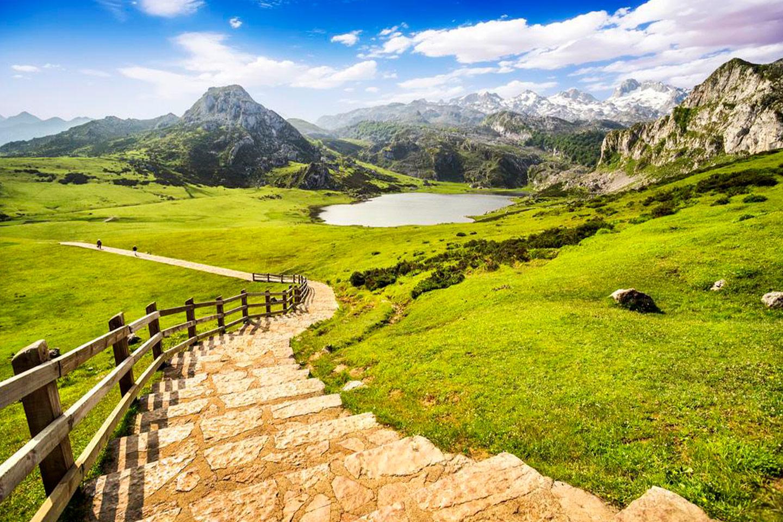 Relax en Asturias con Vuelos desde 26€ tray. y Hotel 4* desde 28€ pp