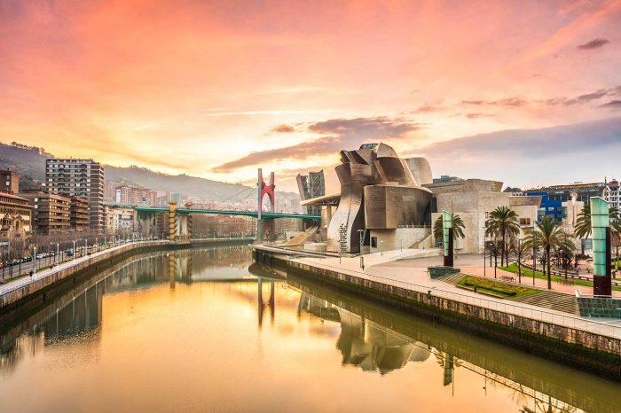 Puente de Octubre en Bilbao! Hotel 5* desde 25€ pp.