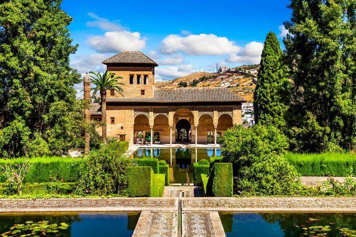 Fin de Semana en Granada! Vuelos desde 19€ tray. + Hotel 3* desde 24€ p.p