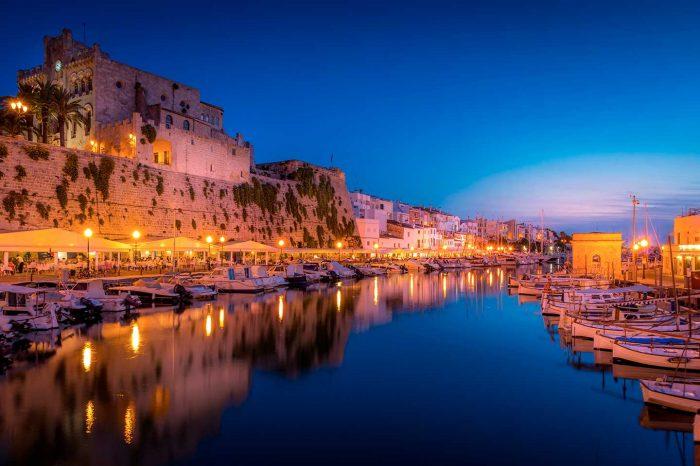 ¡Fin de Semana en Menorca! Vuelo desde 15€ y hotel 3* desde 26€