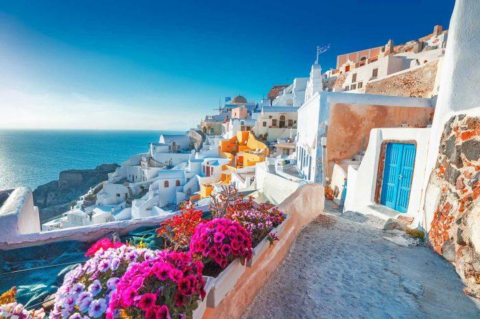 ¡WOW! Vuelo directo a Santorini desde 48€ trayecto