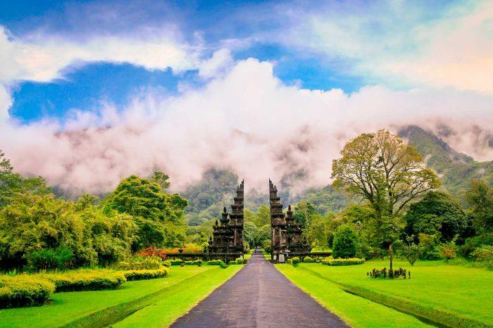 ¡WOW! Vuelos a Bali desde 206€ trayecto y Resort 5* desde 31€ pp